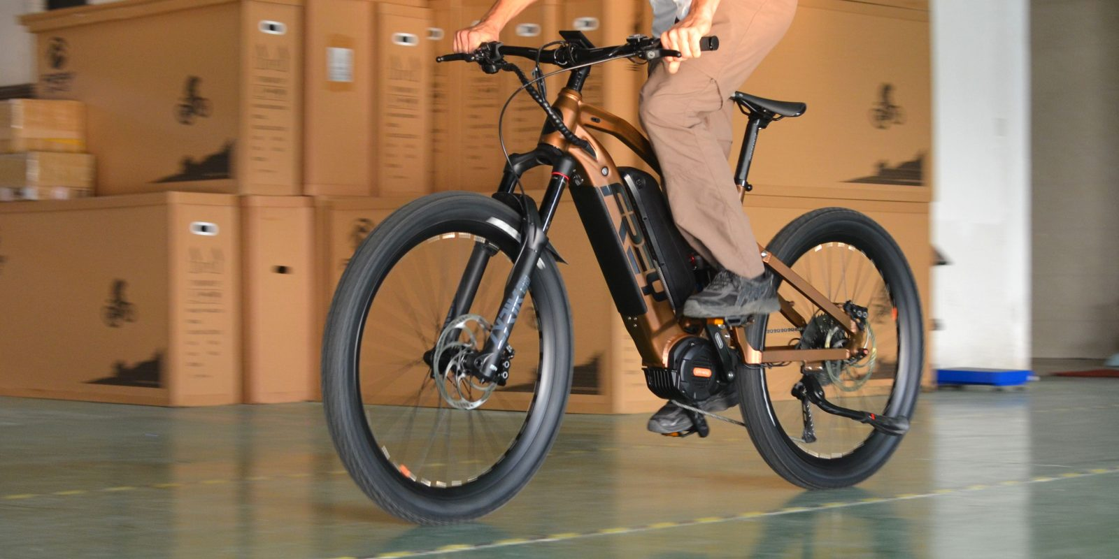 Frey Bike unveils 31 mph 1,500W full suspension commuter e-bike and dual battery EMTB