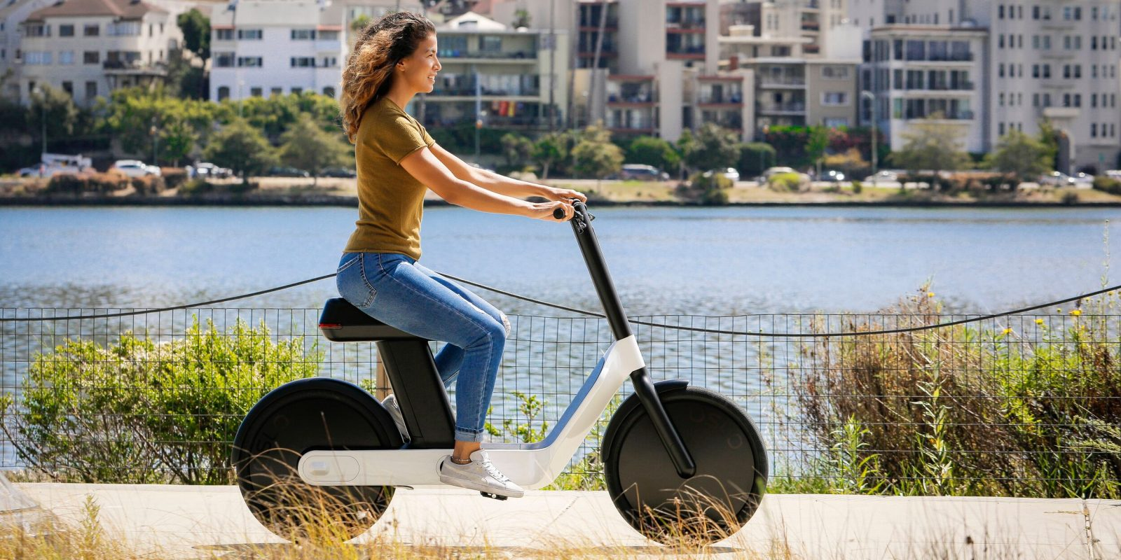The latest shiny new $1,499 electric moped looks straight out of the future