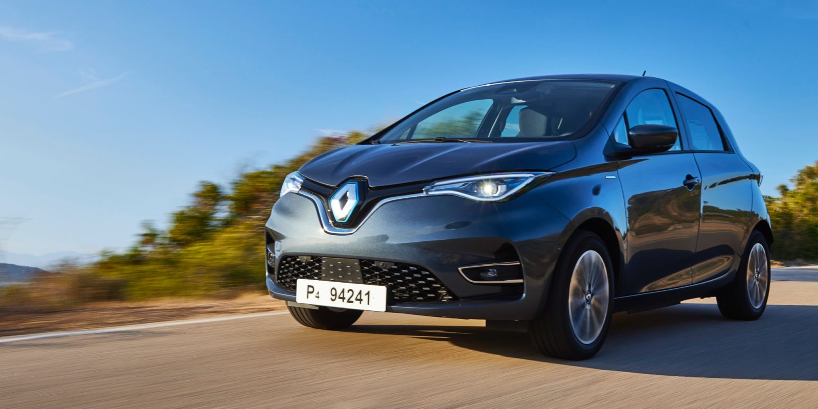 Test driving the new Renault Zoe: More power, range, and charging options