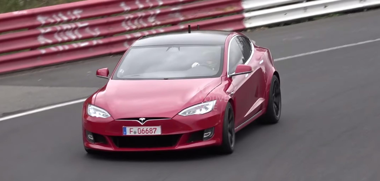 Watch new Tesla Model S 'Plaid' prototypes go crazy on the track - Electrek