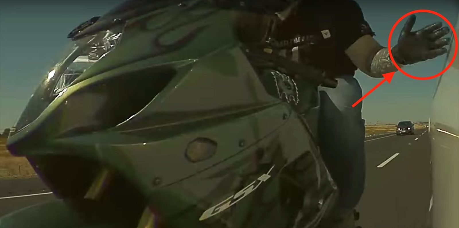 Tesla dashcam captures motorcyclist intentionally snapping off mirror, police find him