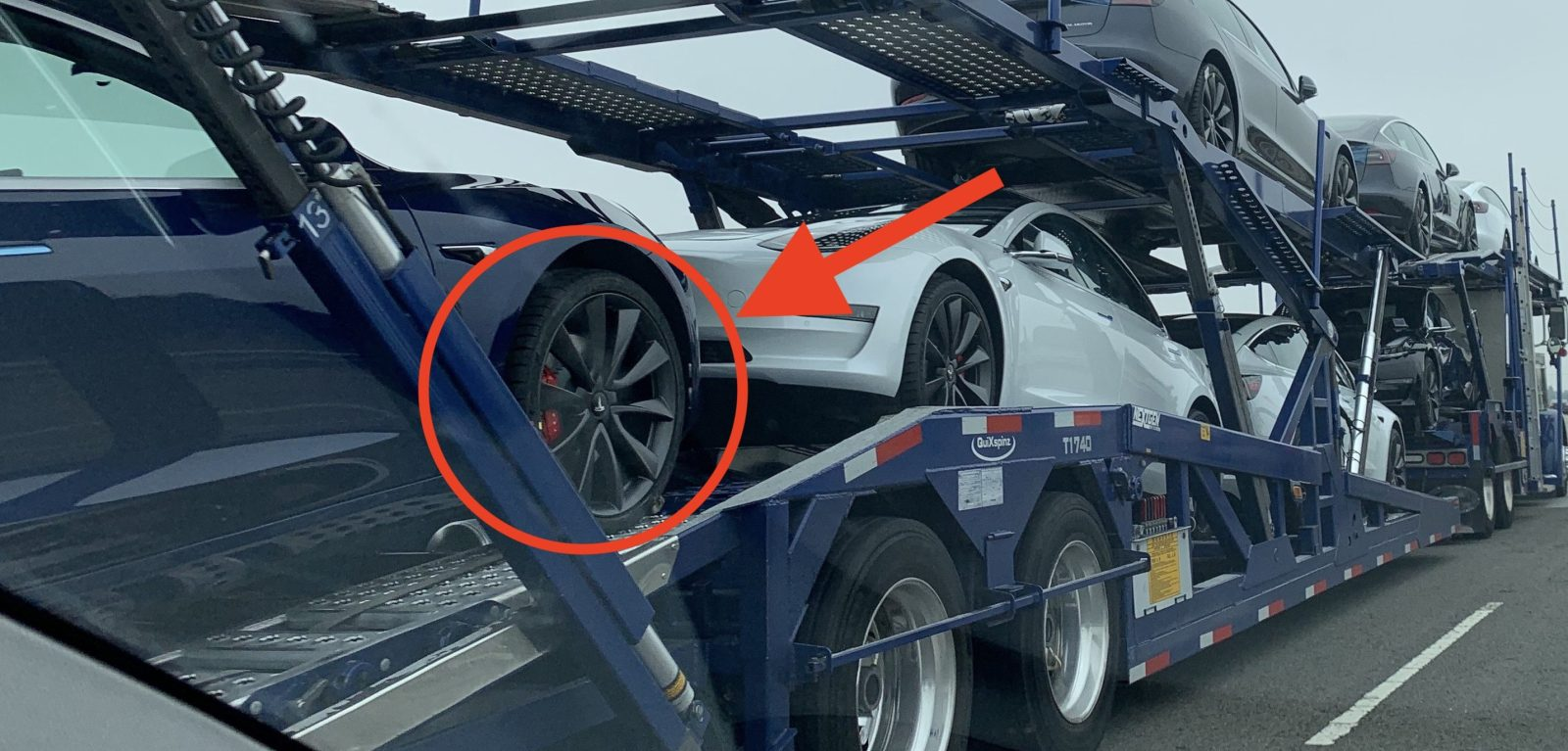 Tesla Model 3 batch spotted with new factory black wheels