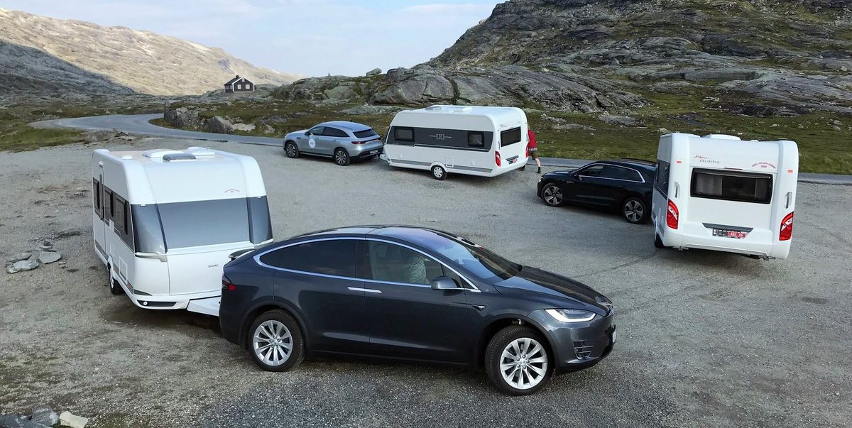Tesla Model X beats Mercedes-Benz EQC and Audi e-tron in camper trailer towing test - Electrek