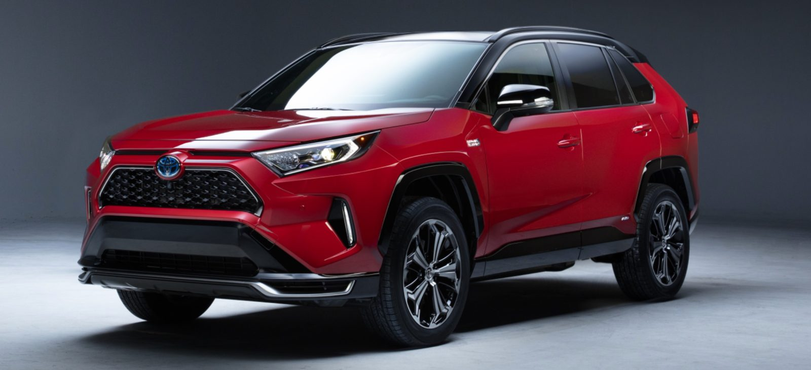 Toyota does electrification backward, unveils RAV4 PHEV when it used to have all-electric version
