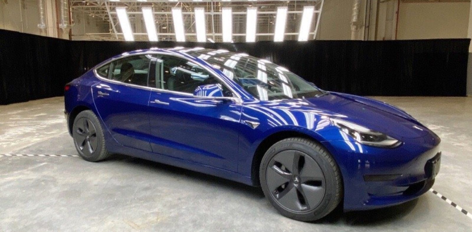 Tesla made-in-China Model 3 gets official EV incentive recommendation from govt