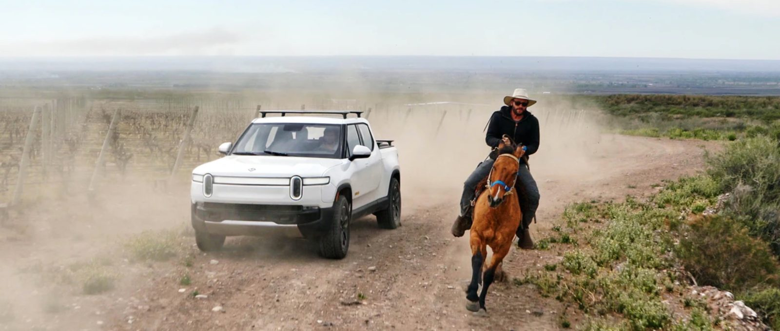 Rivian R1T electric pickup traveled 314 miles on a charge, releases video off-roading