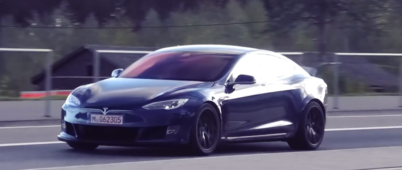 Tesla achieves record time at Nürburgring, beats Porsche Taycan, but likely still unofficial