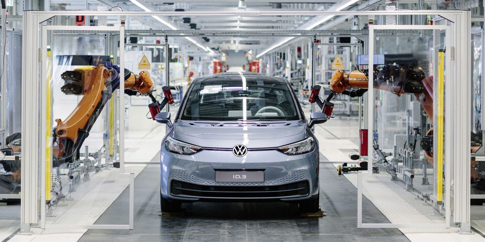 VW starts production of ID.3 electric car, converts factory to EV production