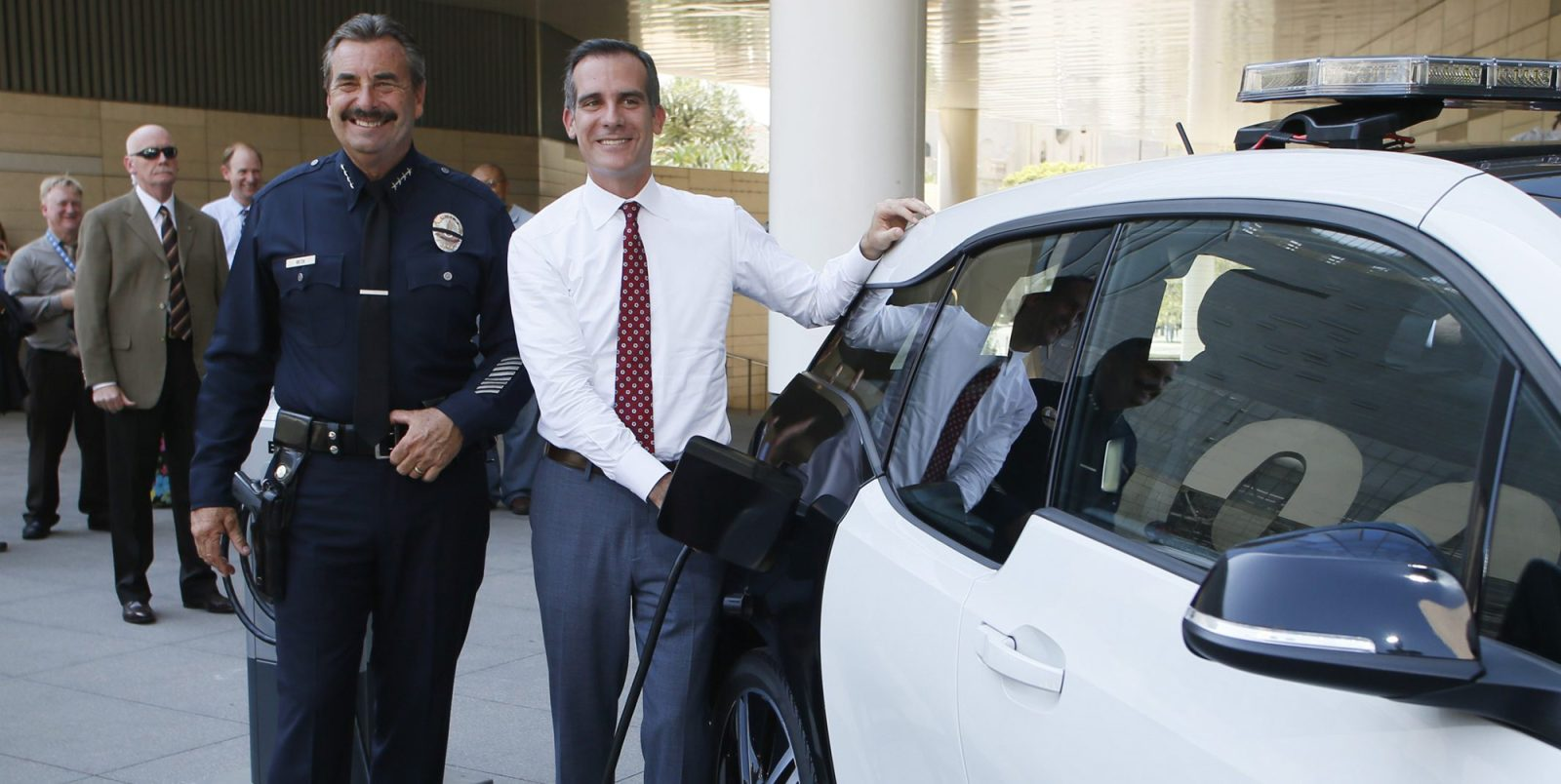 Los Angeles sets aggressive 2028 EV targets: 80% of all vehicle sales