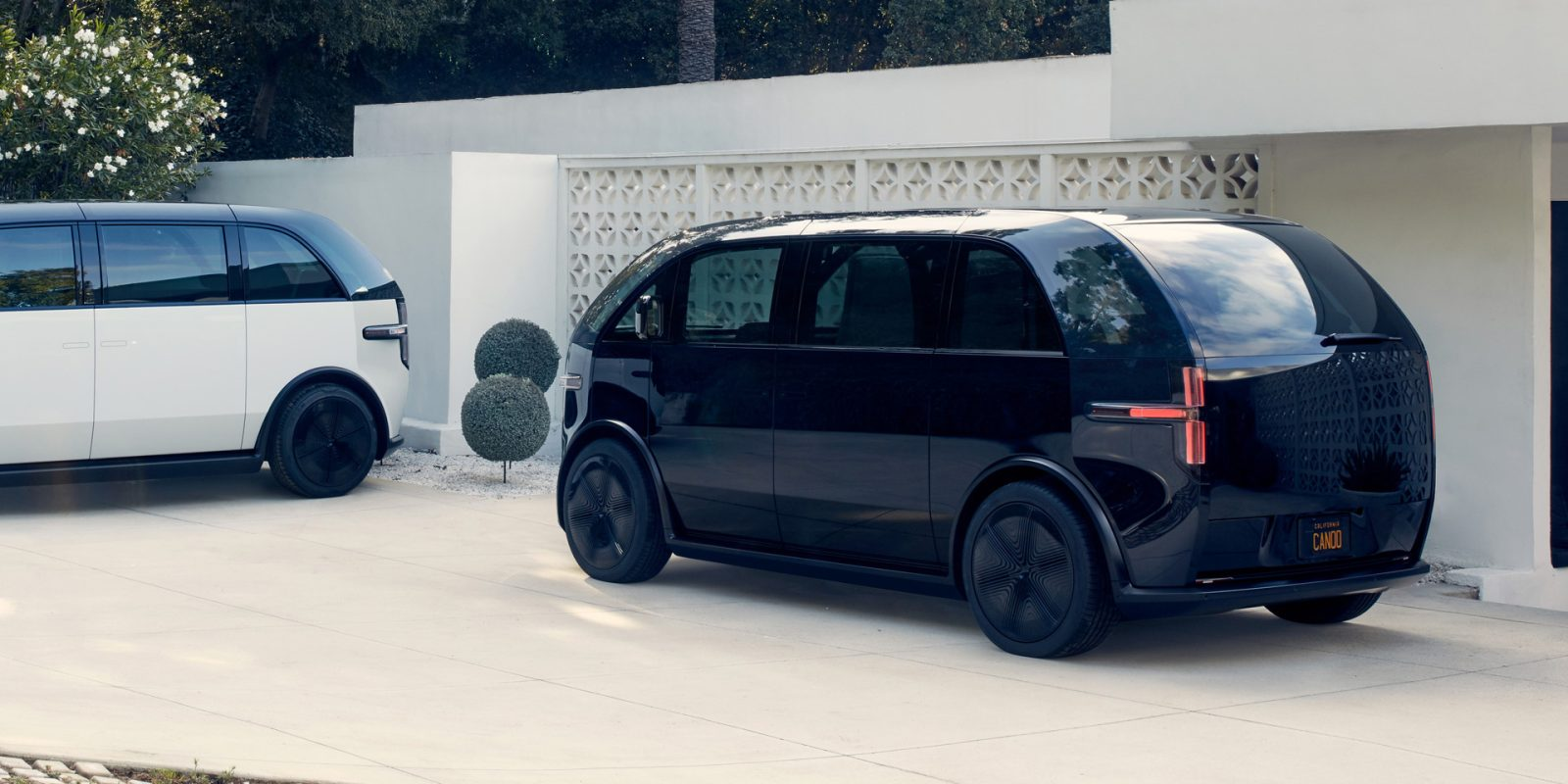 Canoo opens the waitlist for its futuristic, by-the-month electric lounge on wheels