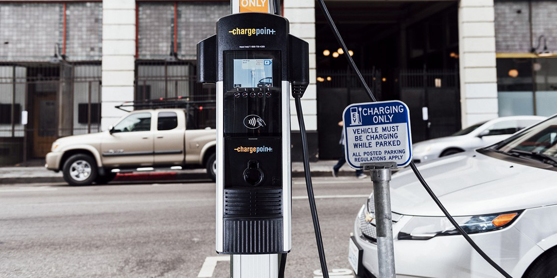 LA adds hundreds of EV chargers to streetlights, giving renters a place to plug in