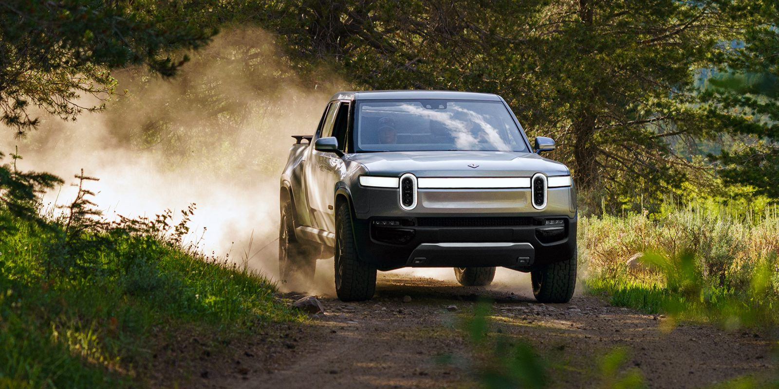 Rivian's quad-motor torque vectoring sets high bar for Tesla Cybertruck