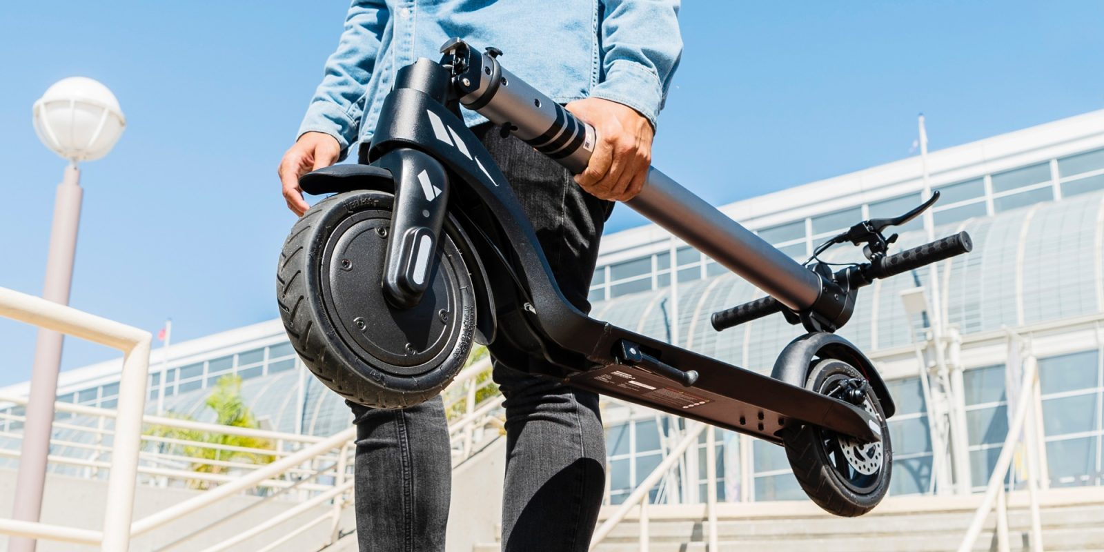 Swagtron unveils two new low cost electric scooters for $199 and $399