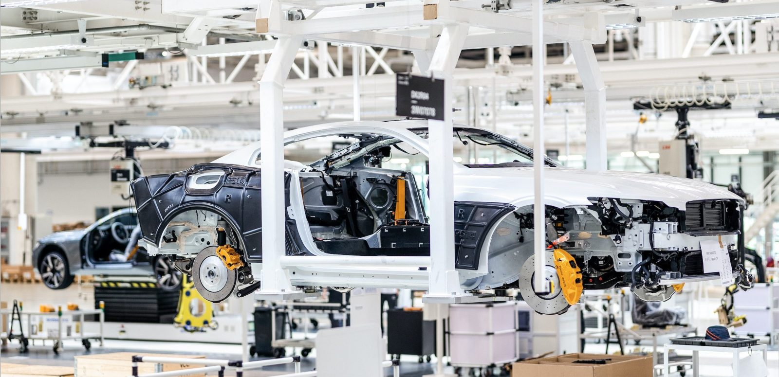 Volvo announces launch of Polestar 2 trial production, on track for 2020 deliveries
