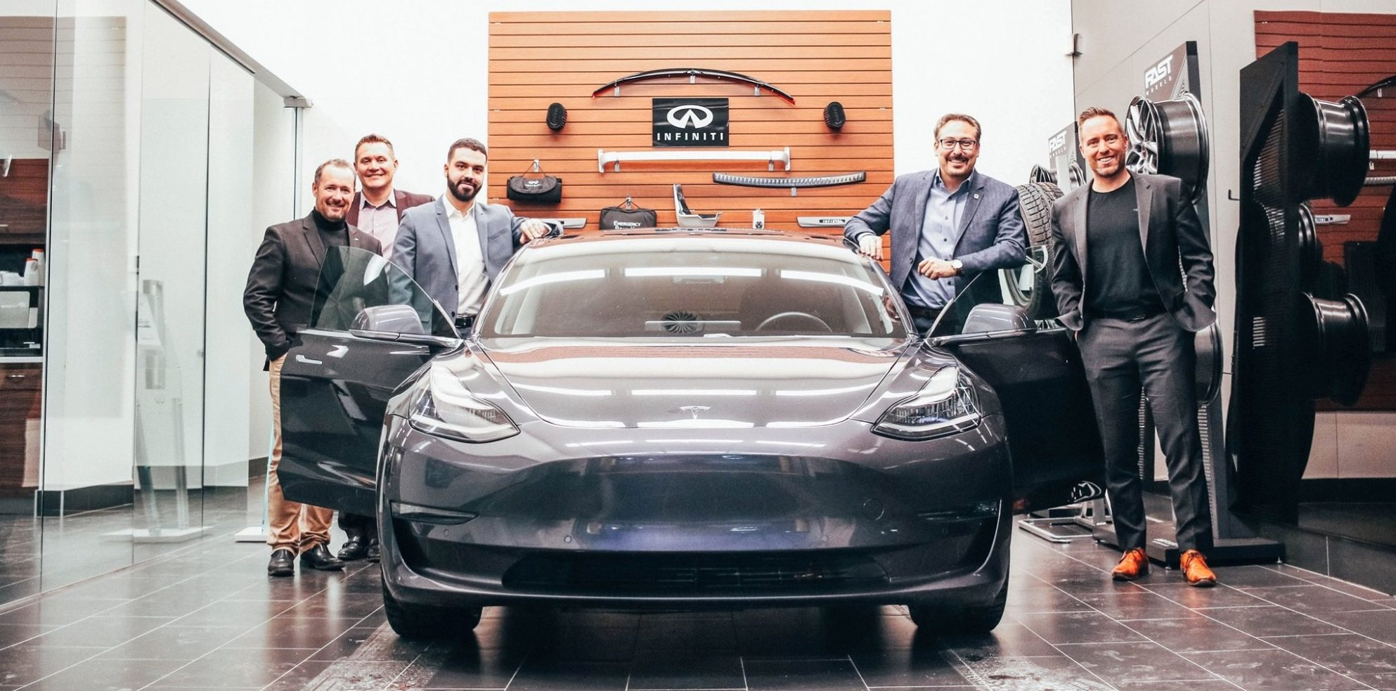 Infiniti delivers Tesla Model 3 to loyal customer who wanted to go electric due to lack of options - Electrek