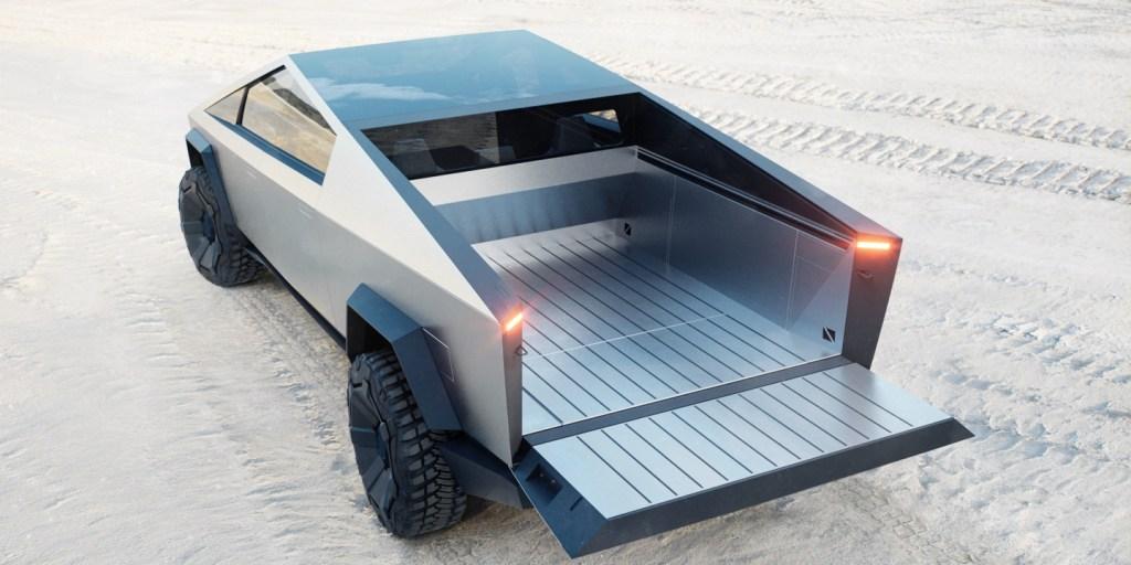 Tesla-Cybertruck-tailgate-open.jpg?resiz