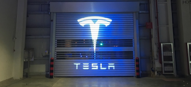 Tesla (TSLA) rallies near $500 per share as shorts go mad