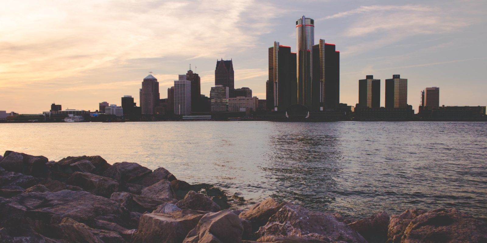 EGEB: Radioactive contamination fears as uranium spills into Detroit River