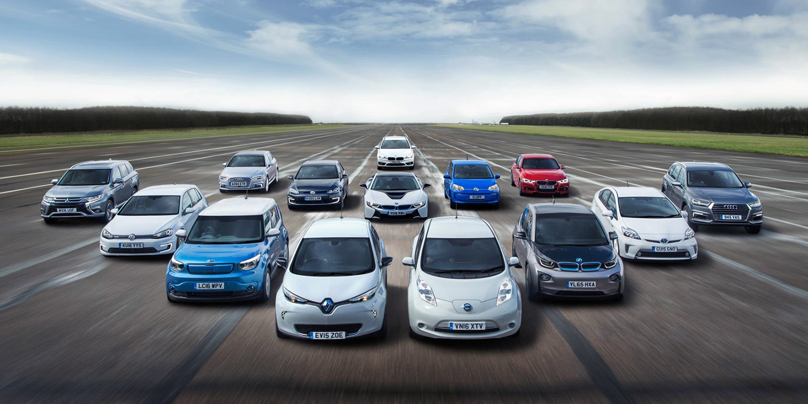 Report: At current rate of EV deployment, automakers not expected to meet EU CO2 targets - Electrek