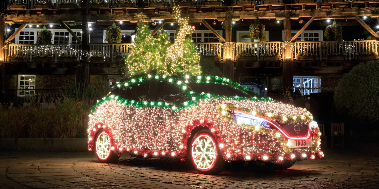 Nissan Leaf turns into a rolling Xmas tree powered by regen braking