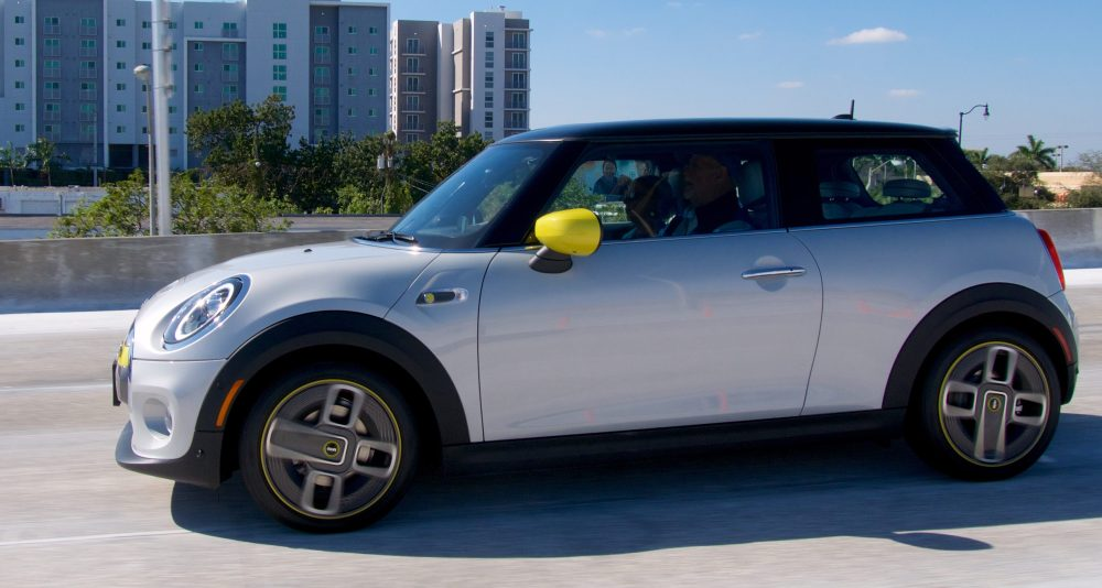 electric mini cooper se side offramp