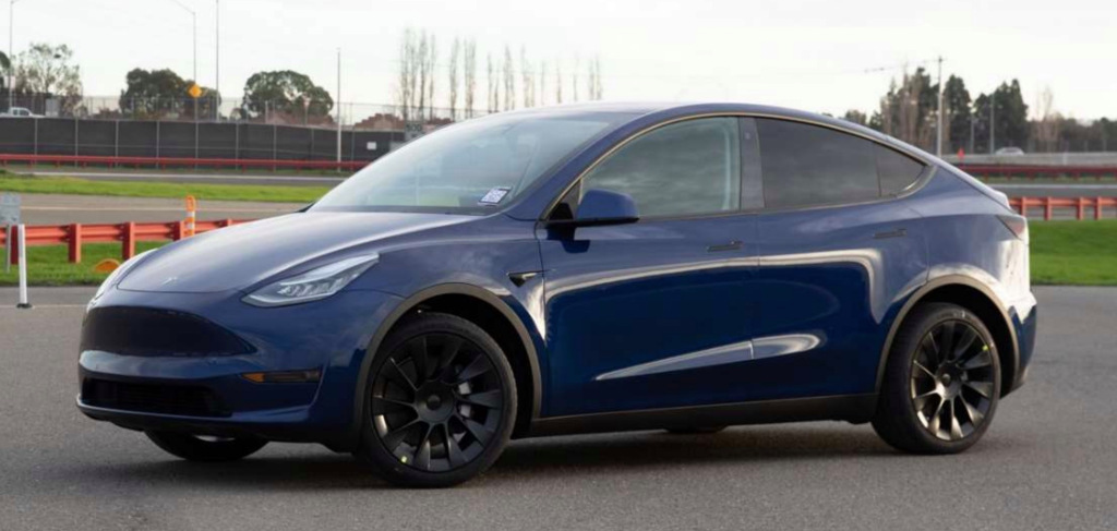 Tesla starts confirming Model Y deliveries to customers - Electrek