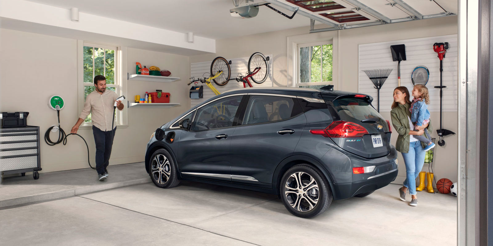 How much does EV charging save you compared to gas? Up to $10,500 says DOE  - Electrek