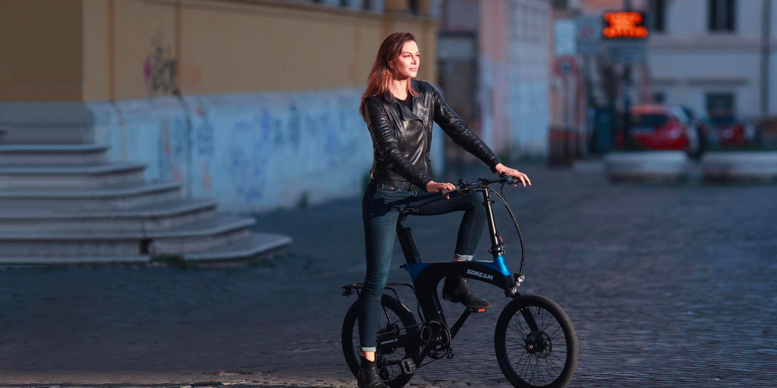 SDREAM Ur is a GPS-enabled folding electric bike with suspension for under $1k