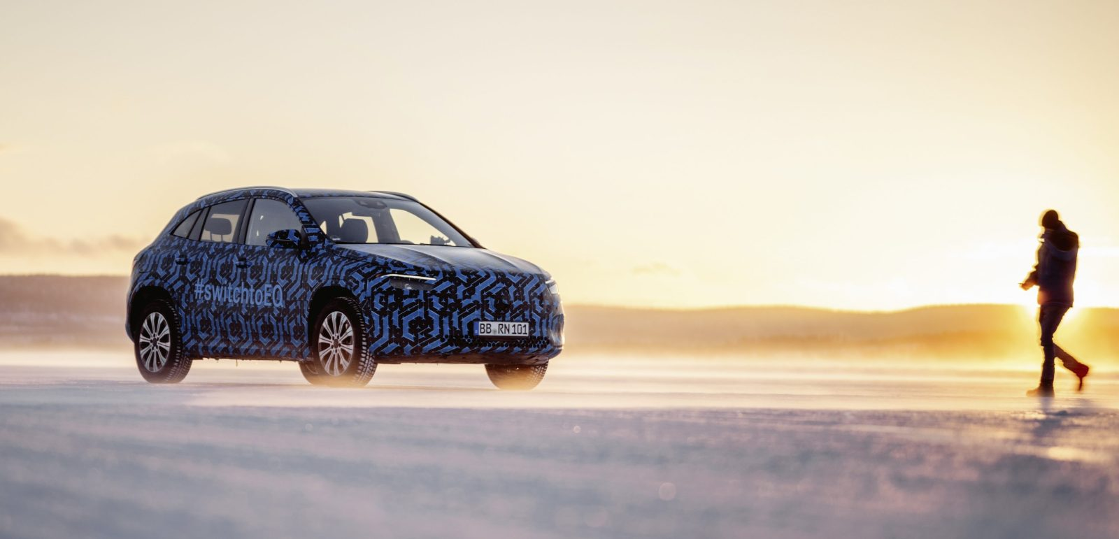 Mercedes-Benz shares new pictures of EQA electric crossover in winter testing - Electrek
