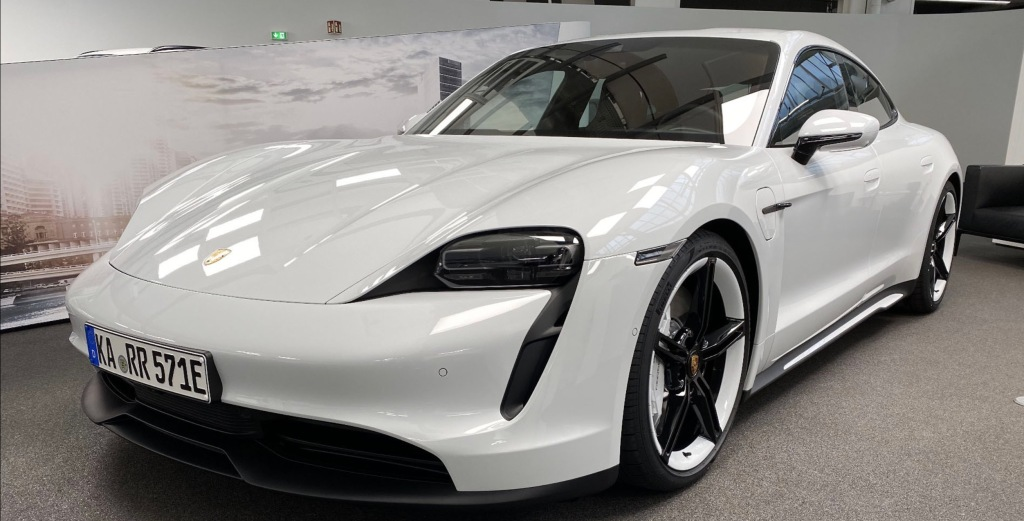 Porsche delivers first Taycan 4S — the less expensive version of its first electric car - Electrek