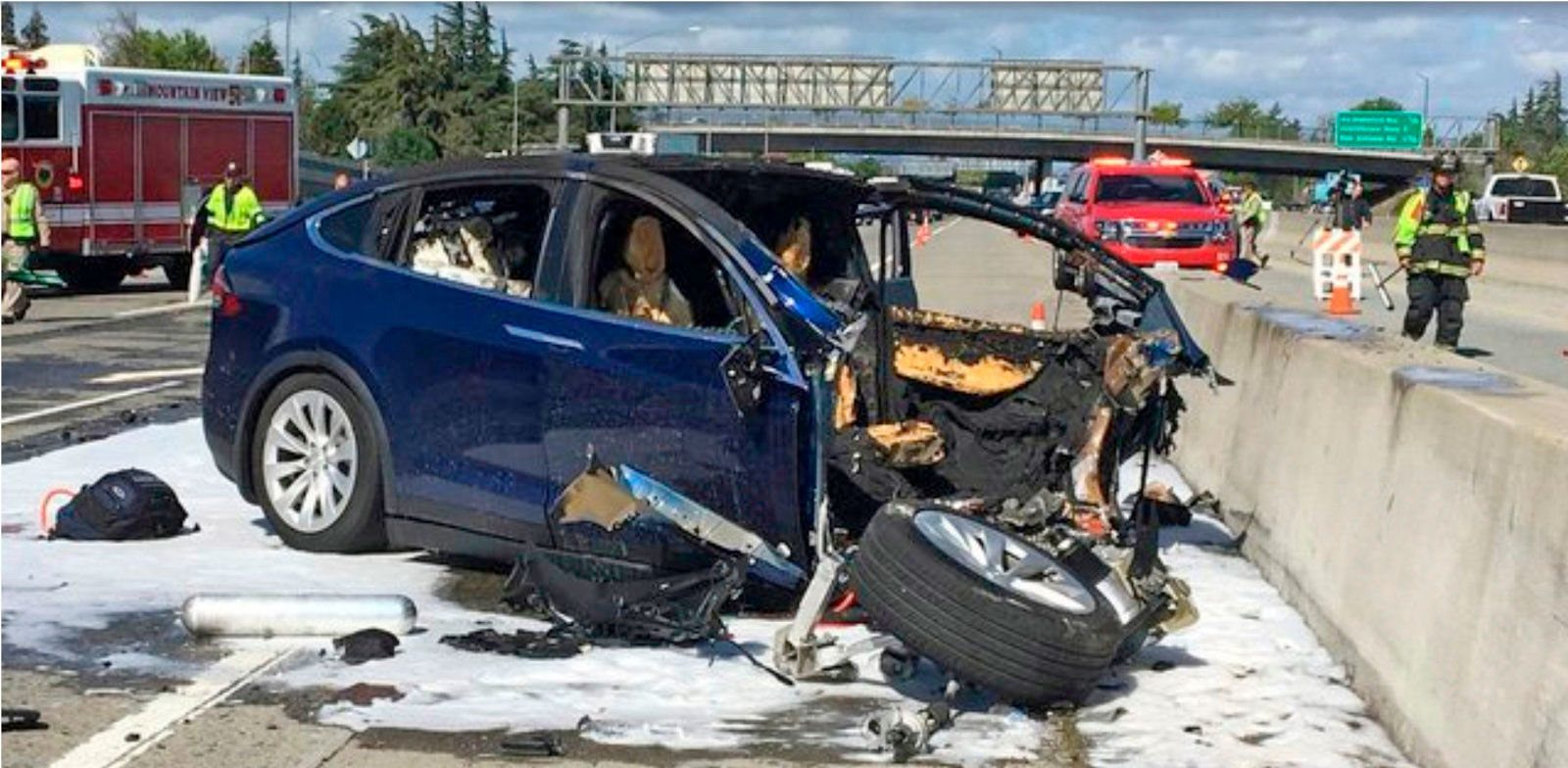 Tesla, and even Apple, get some blame for fatal crash on Autopilot, says NTSB