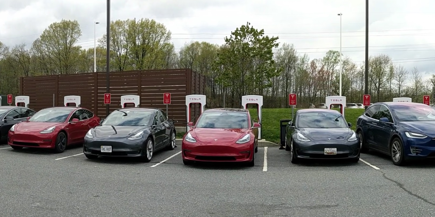 Tesla signs Supercharger deal with New Jersey Turnpike - Electrek