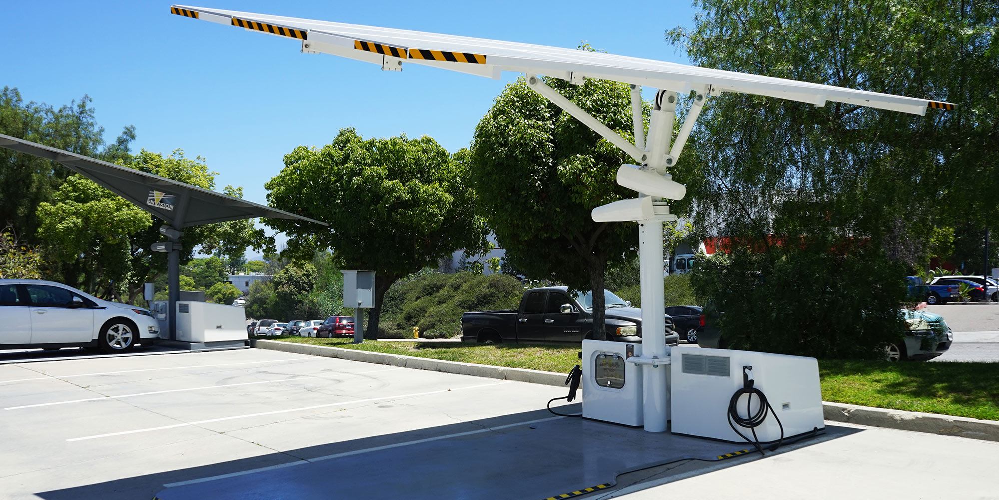 Electrify America to deploy 30 off-grid, solar EV chargers in rural California communities - Electrek