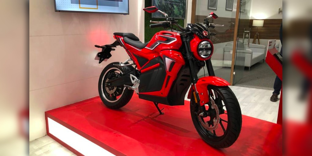 Hero's new 53 mph electric motorcycle gets 100-mile range, estimated under $2k