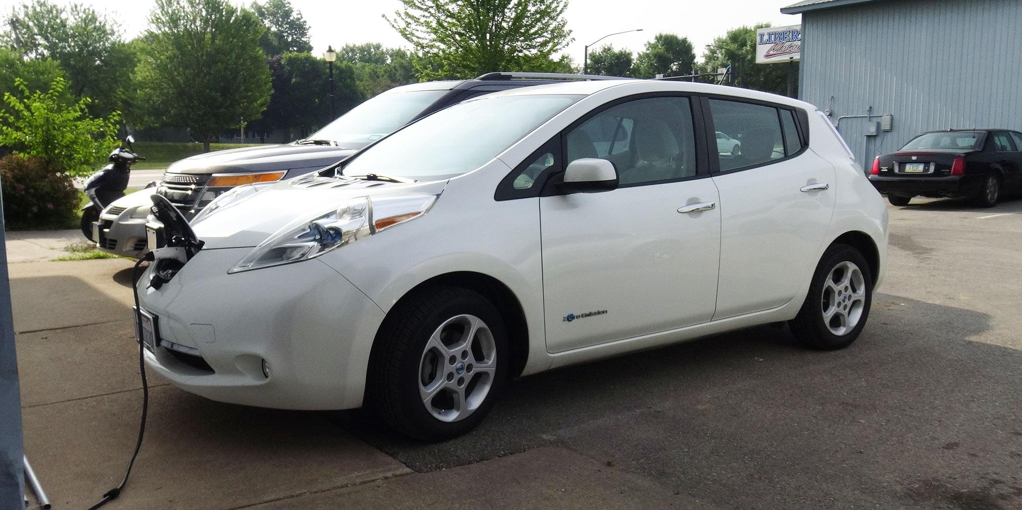 Nissan Leaf at Verv Auto Sales