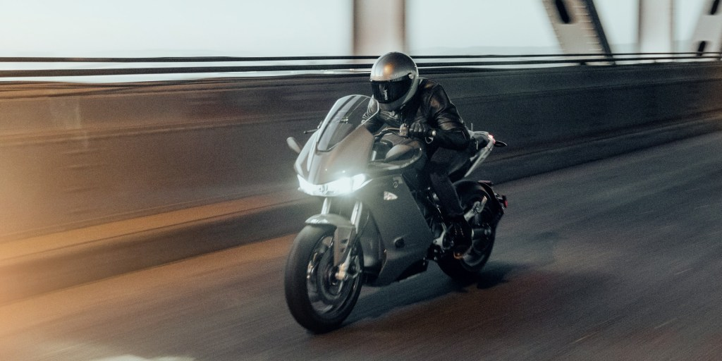 Zero SR/S electric motorcycle unveiled with aerodynamic and comfort upgrades - Electrek