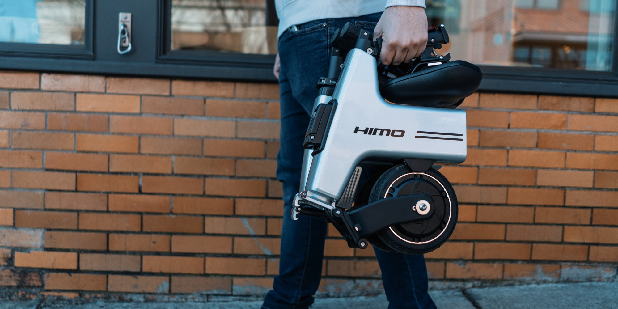 Xiaomi's $425 backpack-sized folding electric bike is now available worldwide - Electrek