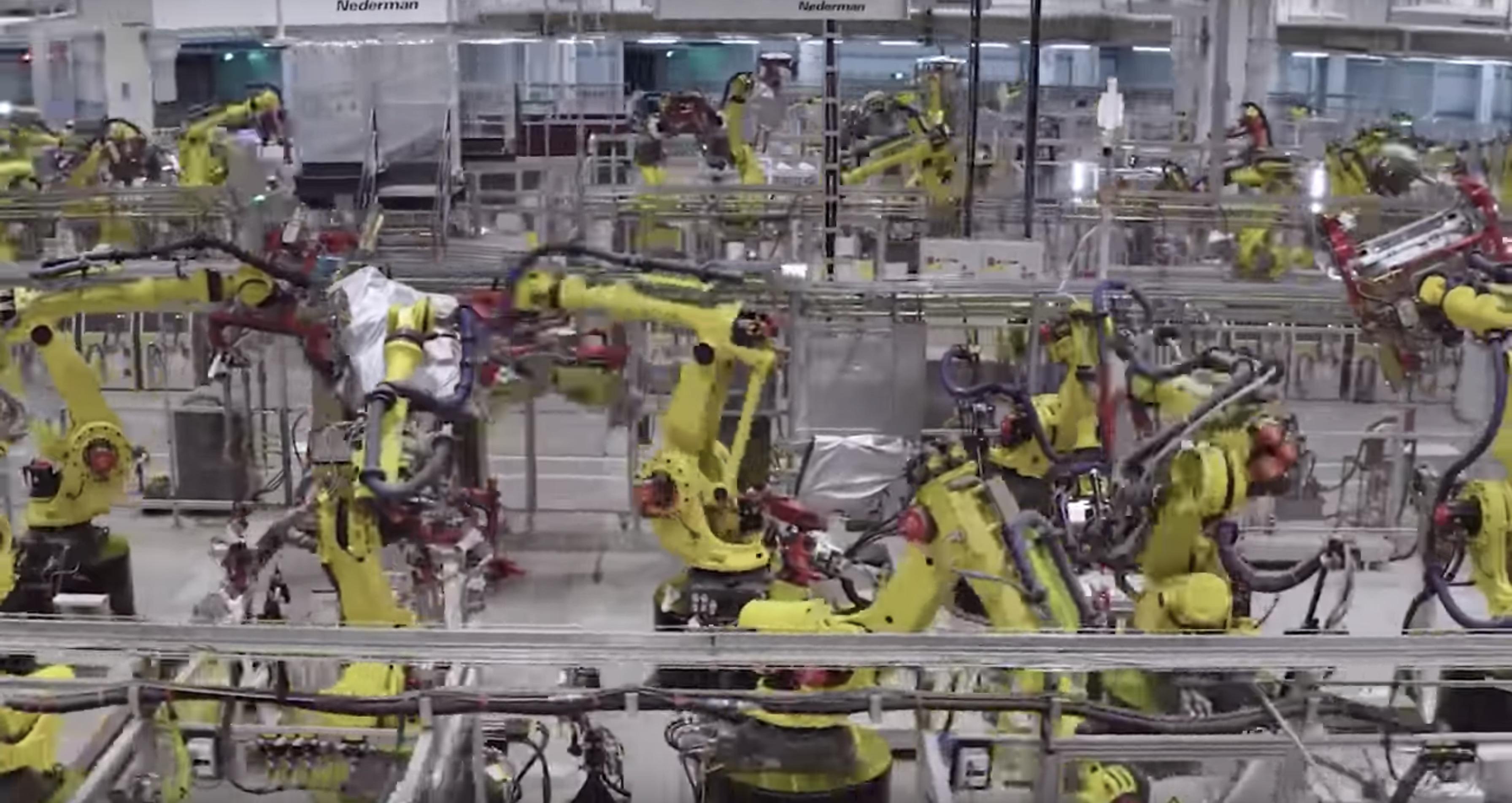 Tesla releases impressive look inside Gigafactory Shanghai, with its  hundreds of robots - Electrek