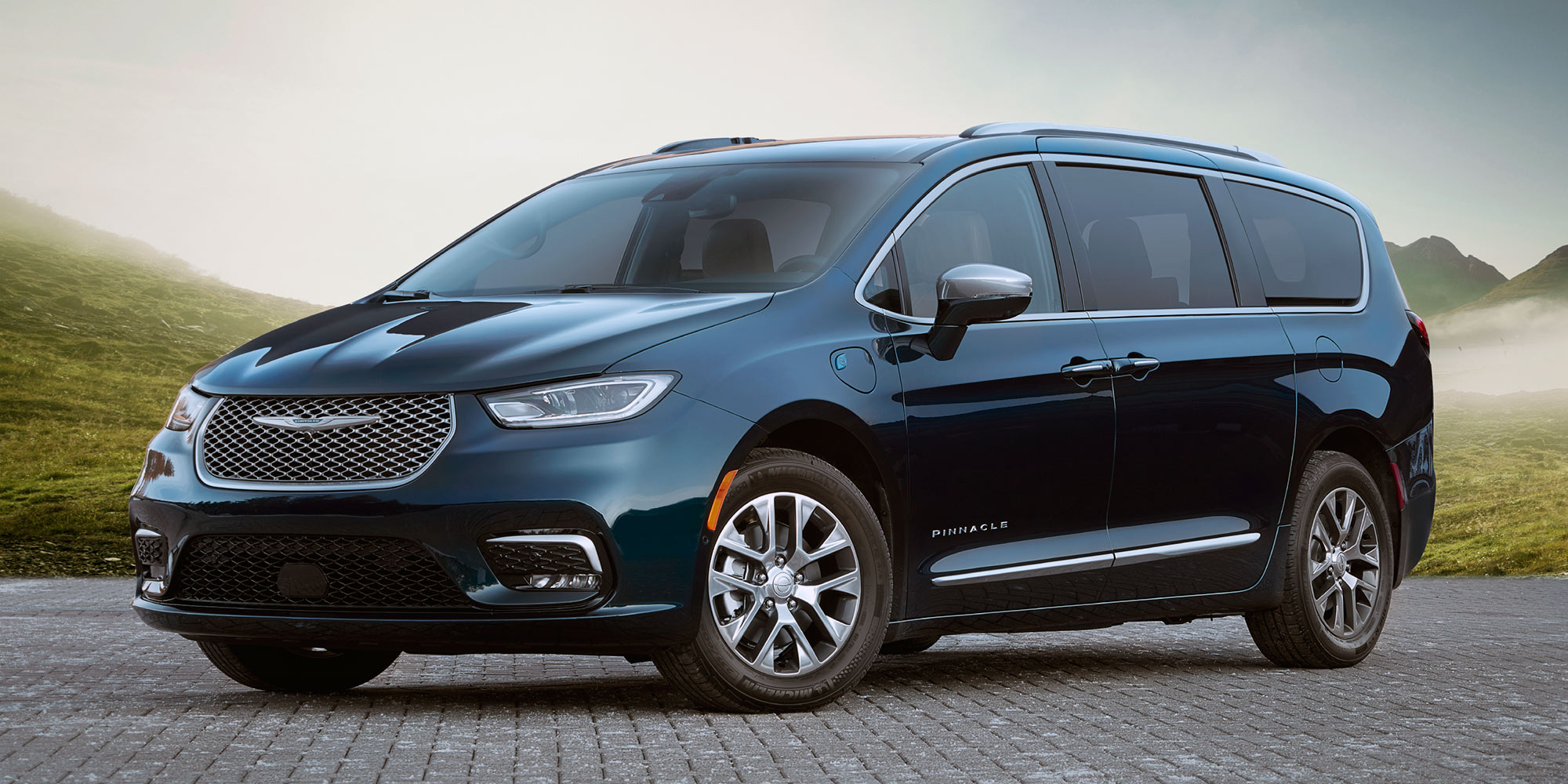 2021 Chrysler Pacifica Hybrid, a plug-in