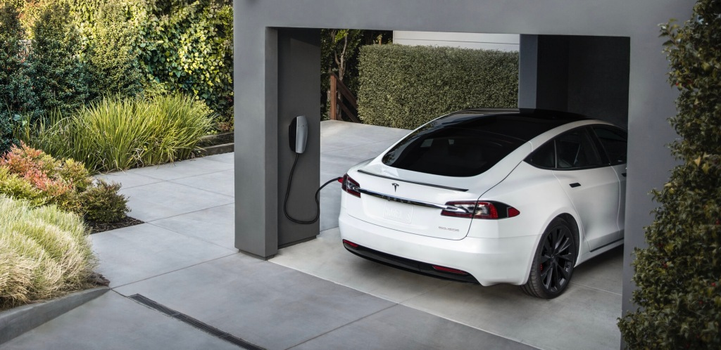 Tesla quietly adds bidirectional charging capability for game-changing new features [Updated] - Electrek
