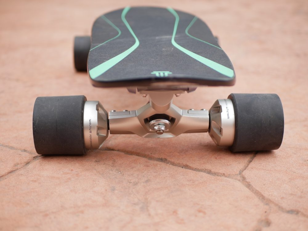 spectra X electric skateboard walnutt
