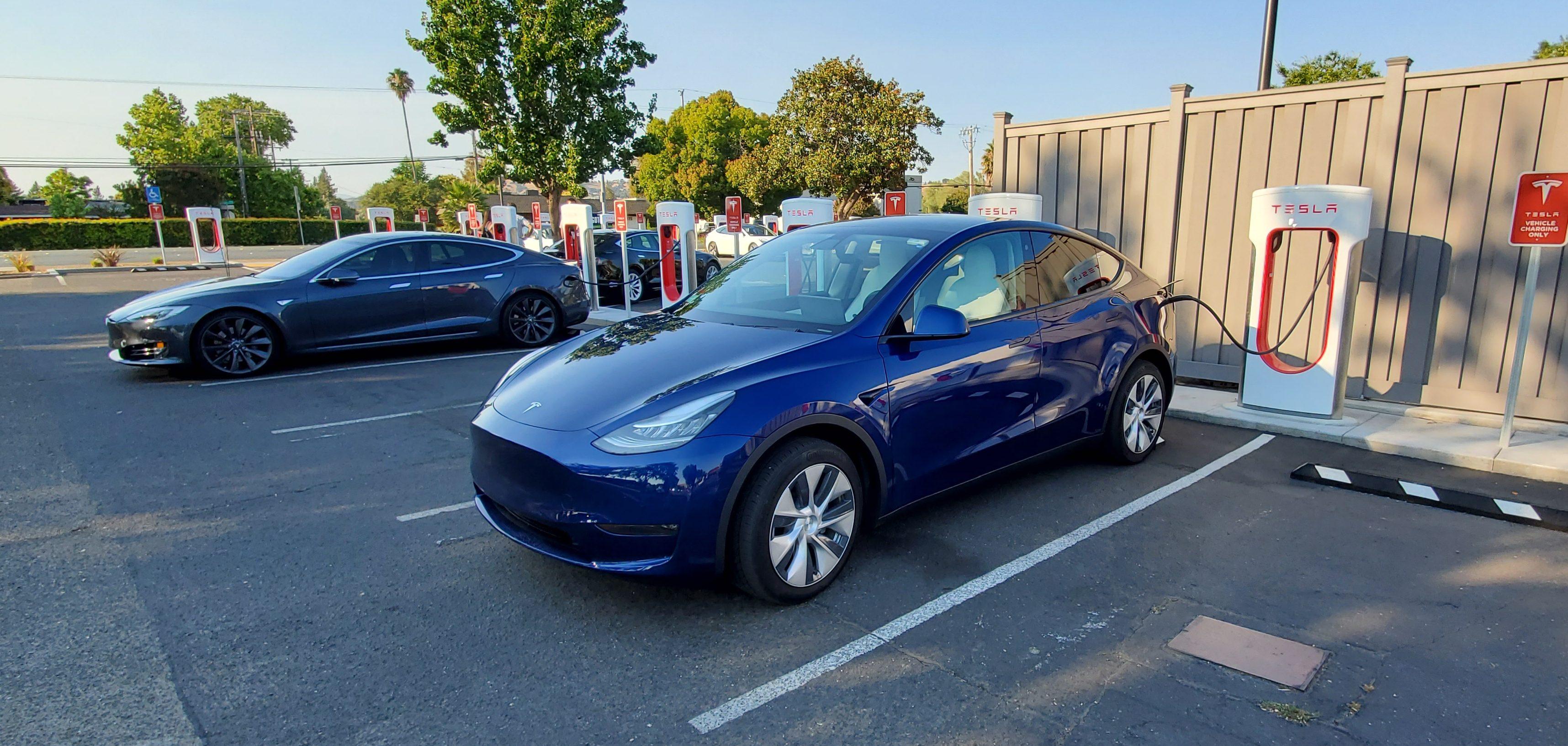 Tesla Model Y hero 6 e1596335195278 jpg?quality=82&strip=all.'