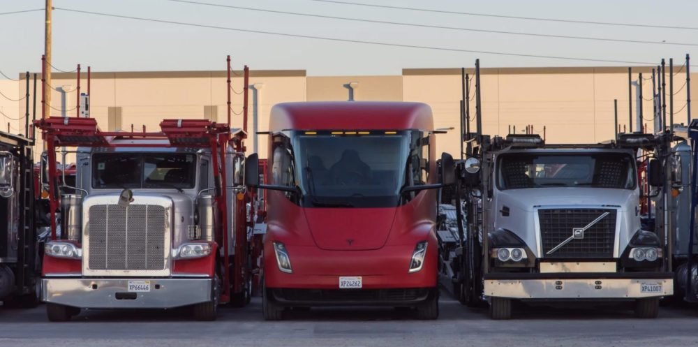 Tesla-Semi-hero-1-e1593749710877.jpg