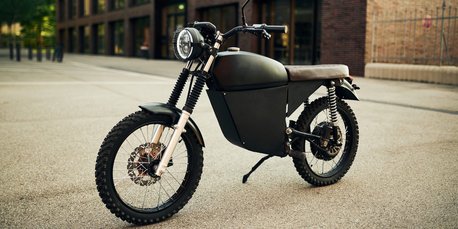 BlackTea Moped offers 50 MPH electric motorbike as cheap as a gas bike