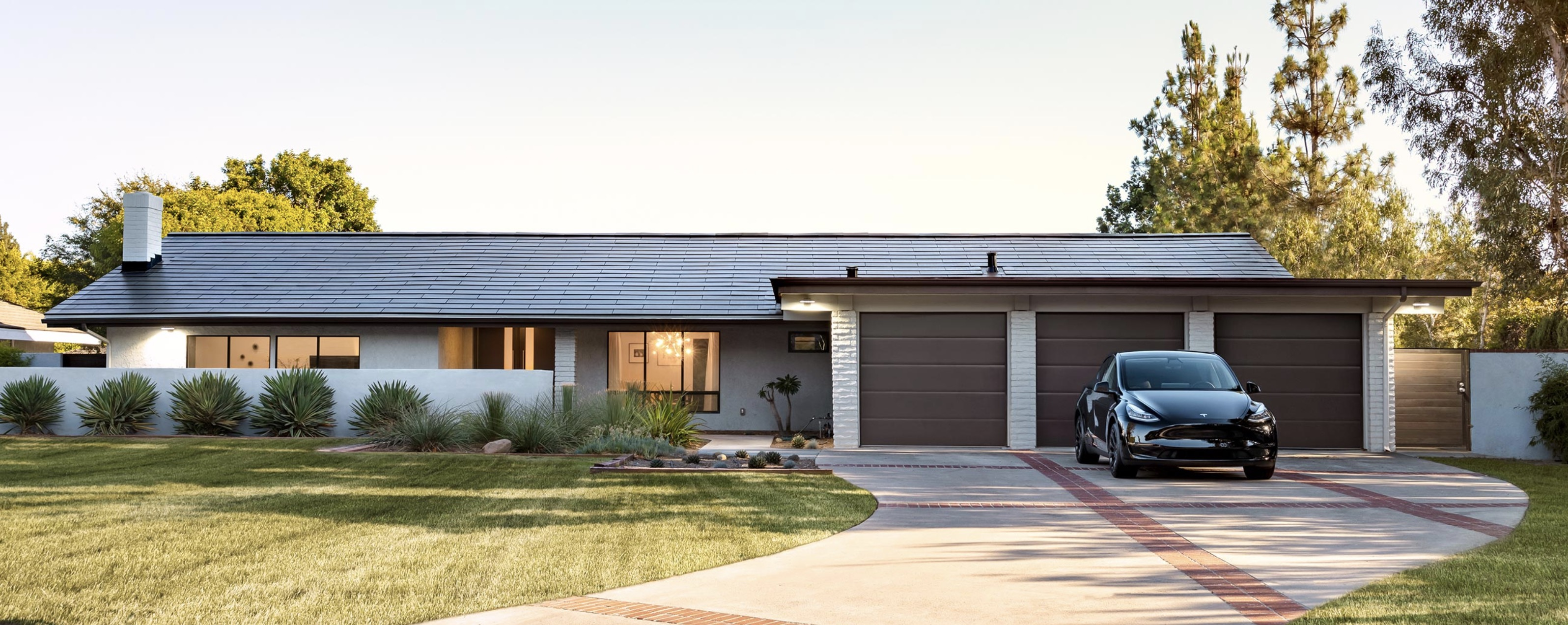 electrek.co - Tesla reduces Solar Roof price, updates website - Electrek