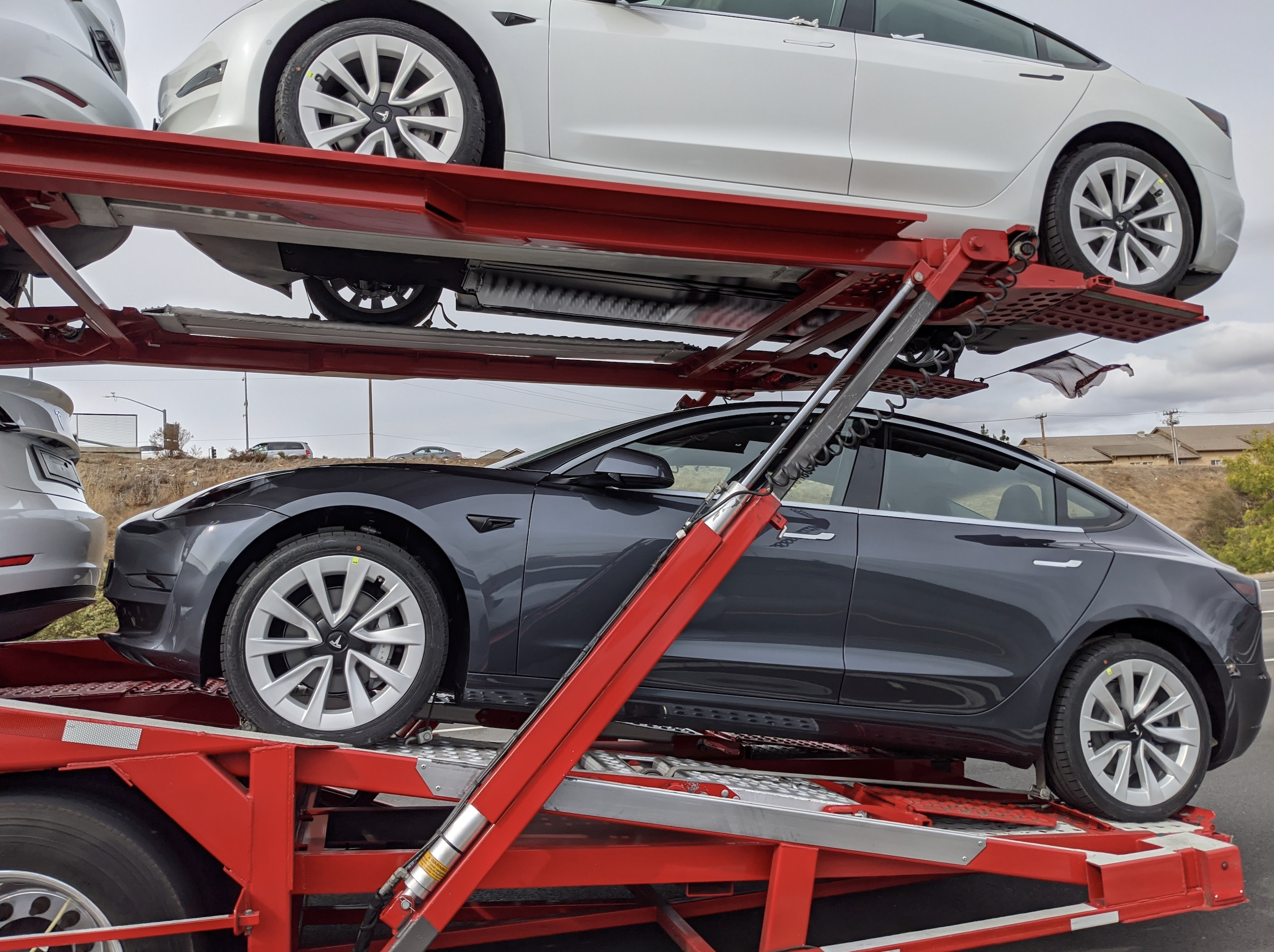 Tesla releases new Model 3 wheels with 2021 refresh