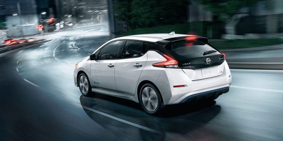Nissan Leaf at night