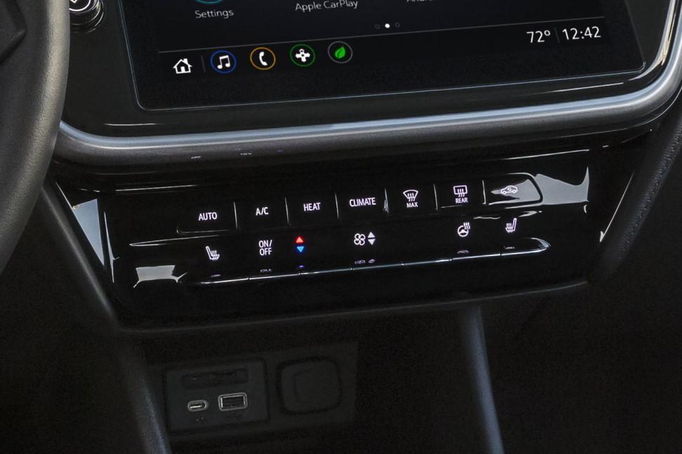 2022 Chevrolet Bolt EV climate HVAC controls