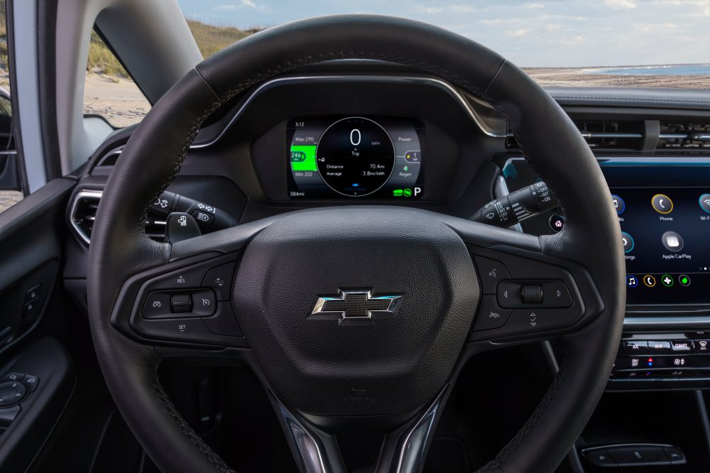 2022 Chevrolet Bolt EV instrument panel and steering wheel