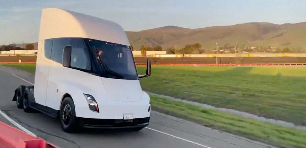 Tesla-semi-hero.jpg